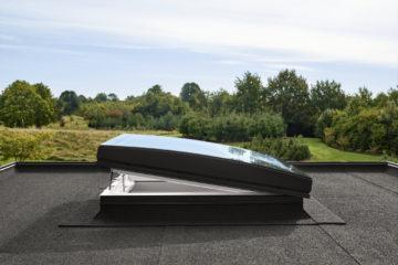 creer fenetre courbe velux toit plat
