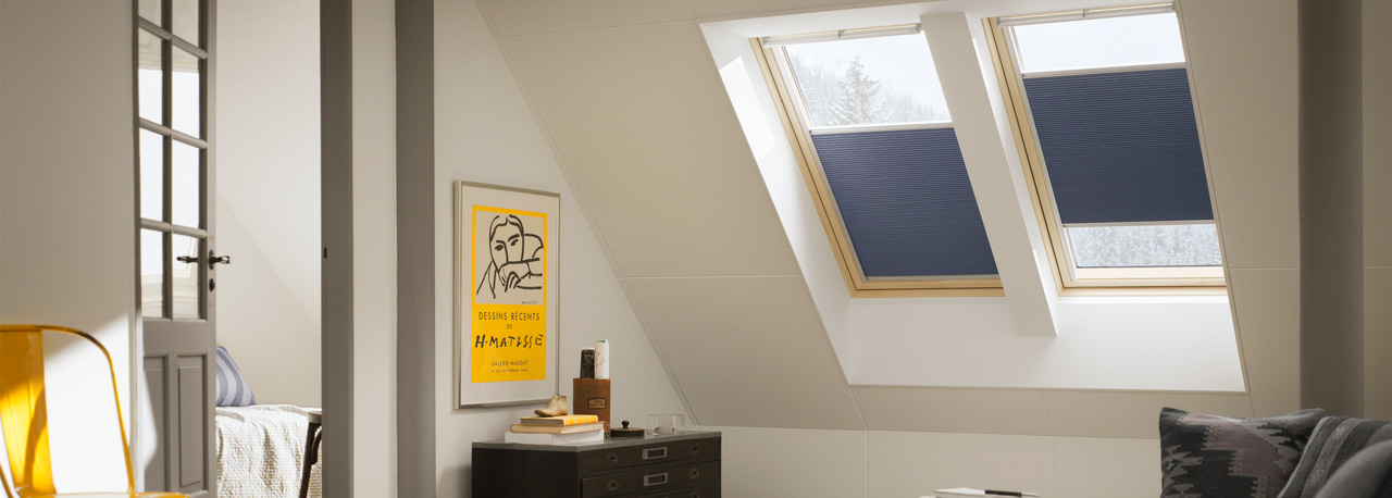 store velux store occultant velux d corer son int rieur a ciel ouvert. Black Bedroom Furniture Sets. Home Design Ideas